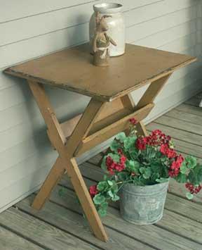 WN141 Old Sawbuck Table