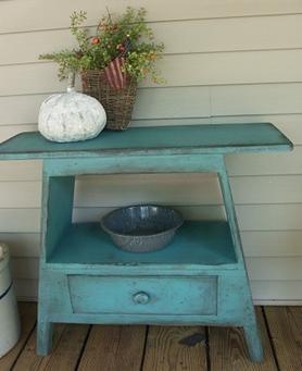 WN158 Primitive Yankee Washstand Bench